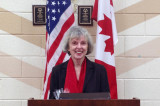 Author Ann Birch speaks to American Woman's Club of Oakville