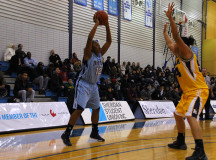 Sabrina Brathwaite looking for a pass
