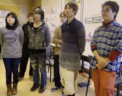 Exchange students were eager to learn about technology being used by the Journalism program