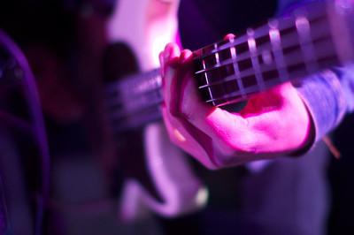 aaron-guitarfor-web