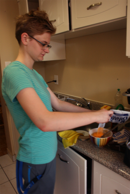 Leah Deadman, 19, says it's important to set aside time to eat.