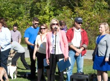 Mayor Bonnie Crombie gets the walk-a-thon started.