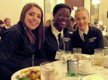 Liz May, Shamelle Sutton, and Janelle Parent enjoying dinner before the Quiz Bowl.