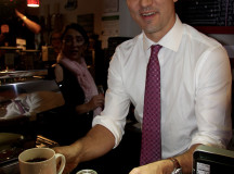 Accompanied with the coffee was a red maple leaf cookie, the Liberal Party's symbol.